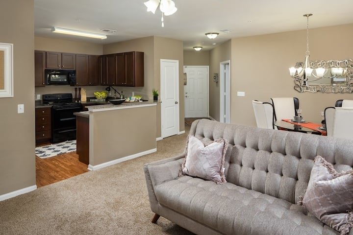 Entire apartment for you   1BR in Hanahan