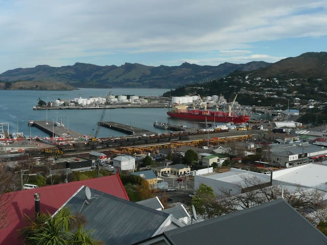 Languish in Lyttelton - Peaceful studio with views - Lyttelton - Appartement