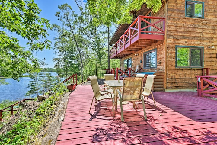 NEW! Waterfront Cabin on Long Lake w/Dock, Kayaks!
