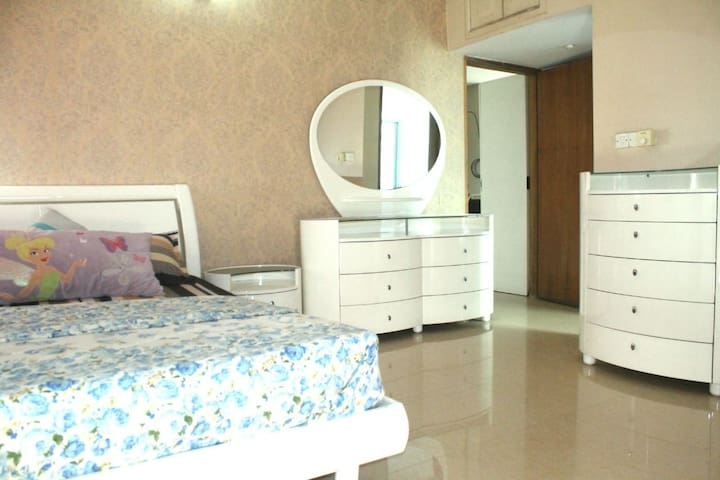 Just INN Gulshan Private Masterbed Room