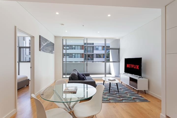 Corporate 1BR 1BA Exclusive Serviced Apartment