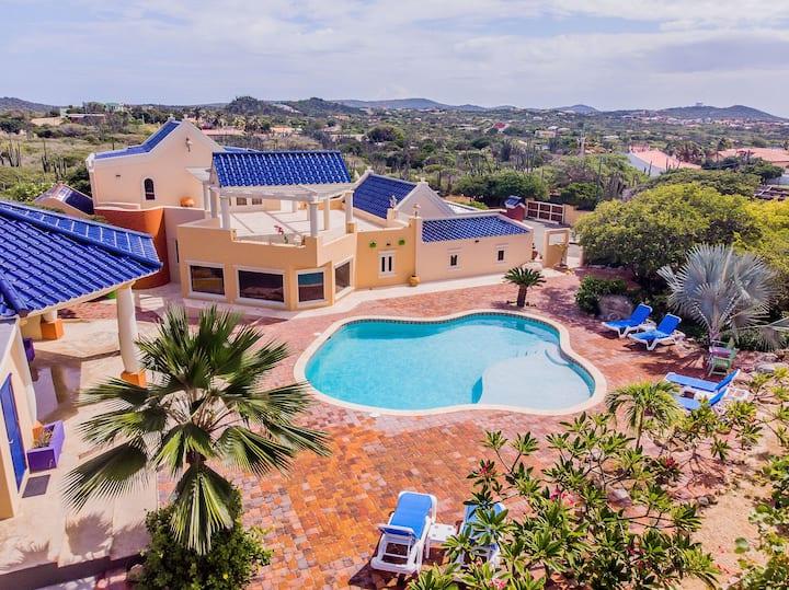 *UNIQUE PRIVATE Villa *surrounded by Nature+Stars*