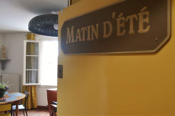 Matin d'été, appartement en plein cœur de Chartres