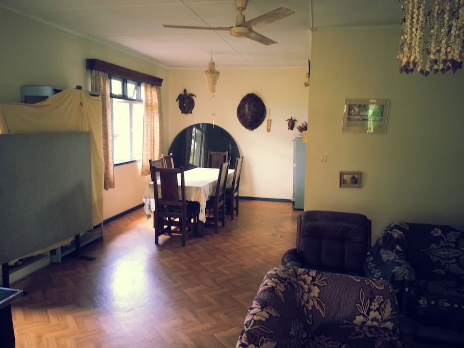 Seating room and kitchen