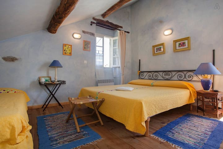 Camera Mirto per vacanza a Bastia - Cagnano - Bed & Breakfast