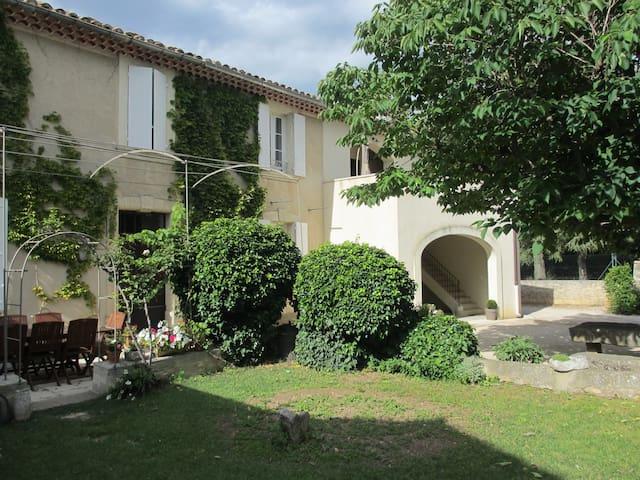 Gîte de 110 m2 au pied du Mont Ventoux