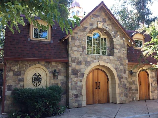 Beautiful Cottage Retreat - Fairfield - Apartment