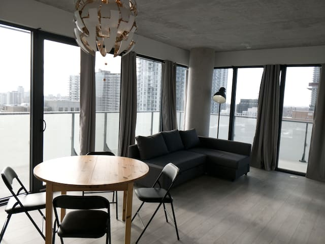 Brand New 2BR suite in Midtown