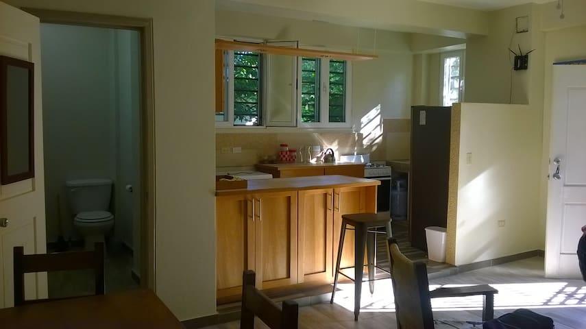 Metellus 38 Est:: short/long stay apartment