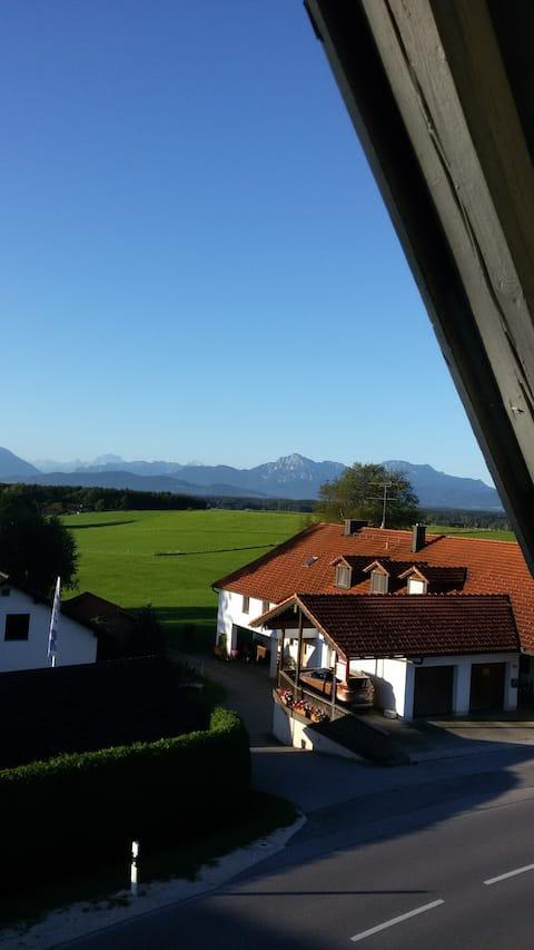 Zimmer mit Balkon - Bergblick