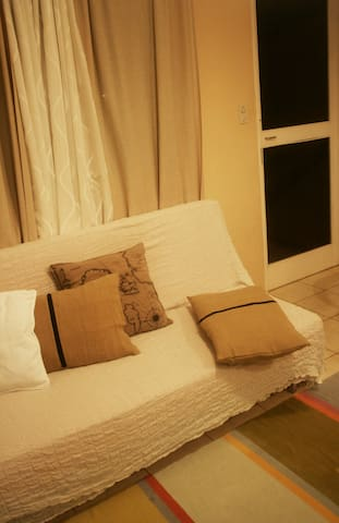 lie down on the sofa, enjoy the night breeze with the screen door.