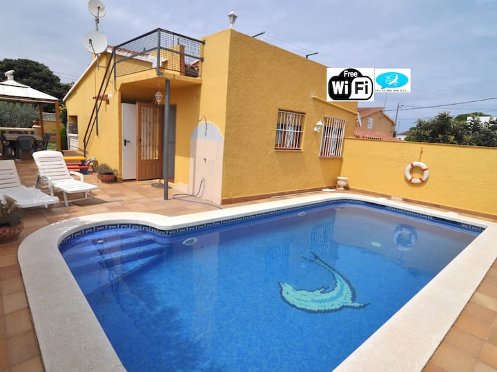 BEAUTIFUL GROUND FLOOR HOUSE WITH WIFI