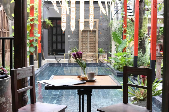 The ClassicHouse Heritage villa in silom with pool