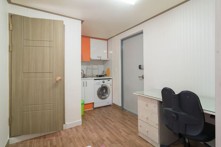 Near SNU fully finished whole apartment rent