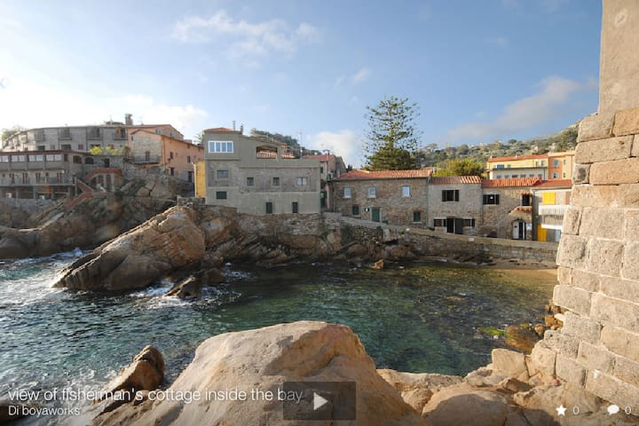 Unique Beachfront Cottages - Giglio Porto - Dům