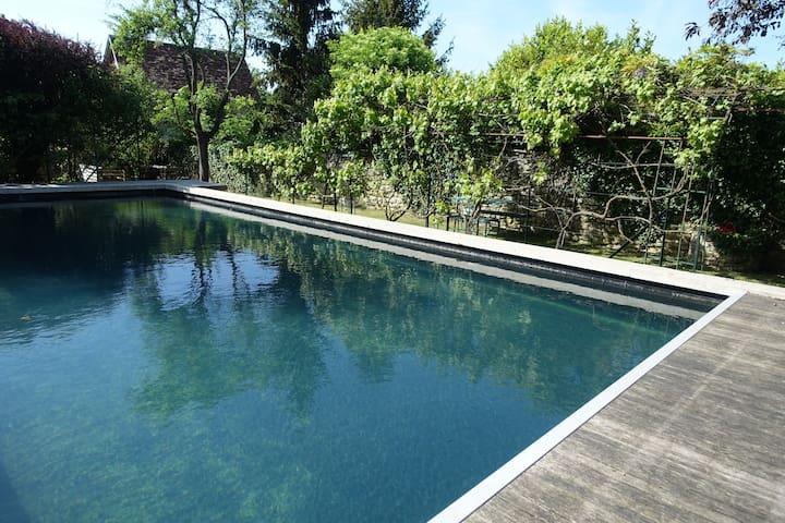 Charmante maison avec piscine proche de Giverny