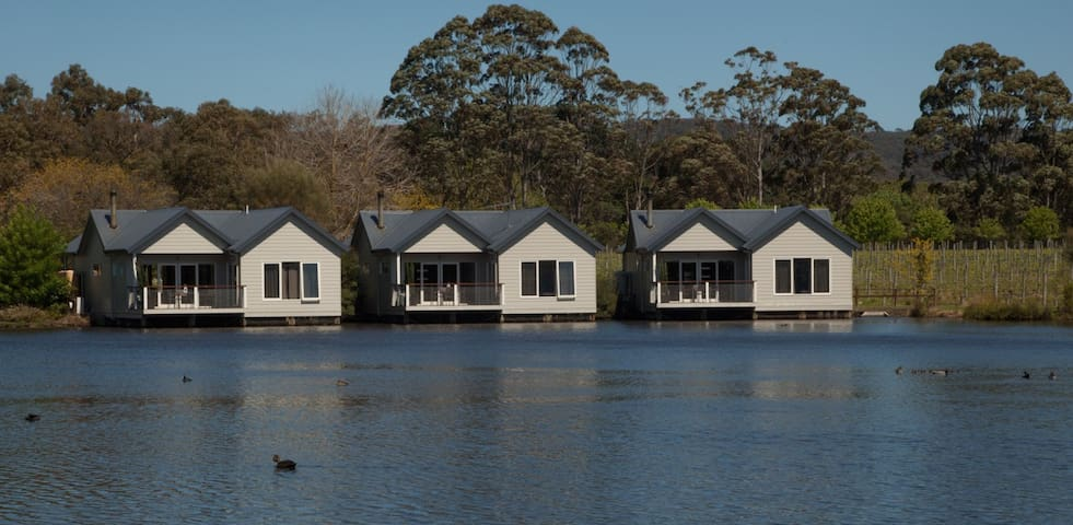 Lakeside Villas at Crittenden Estate