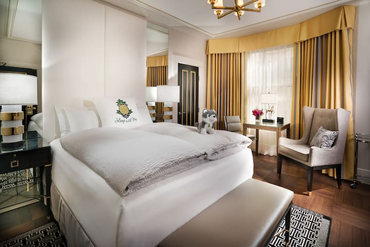 An Elegant Hotel,Starlet Queen Mobility Accessible