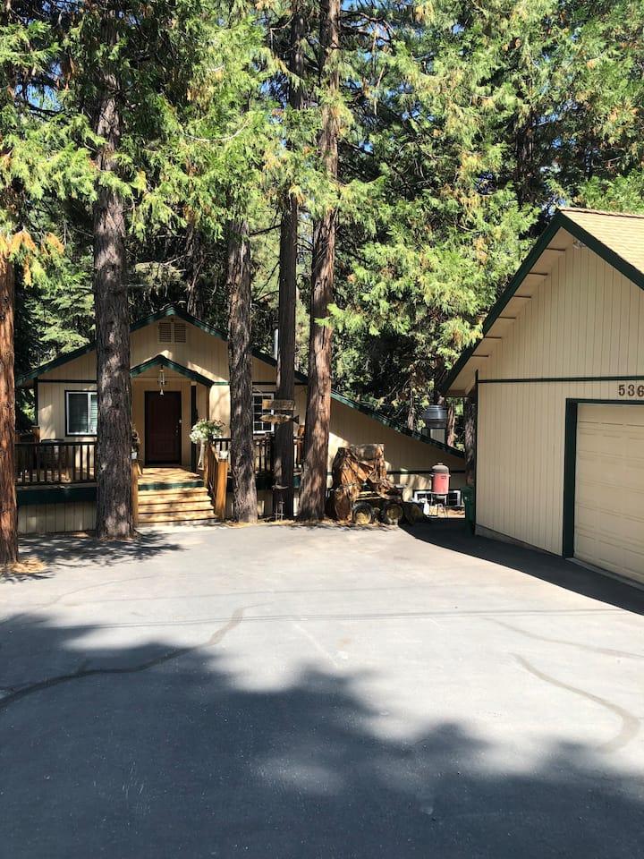 Custom Home in Almanor Pines
