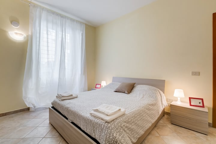 Special Price! Cozy Flat in S.John Lateran Area