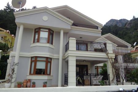 Villa Green - Turunç Belediyesi - 別荘