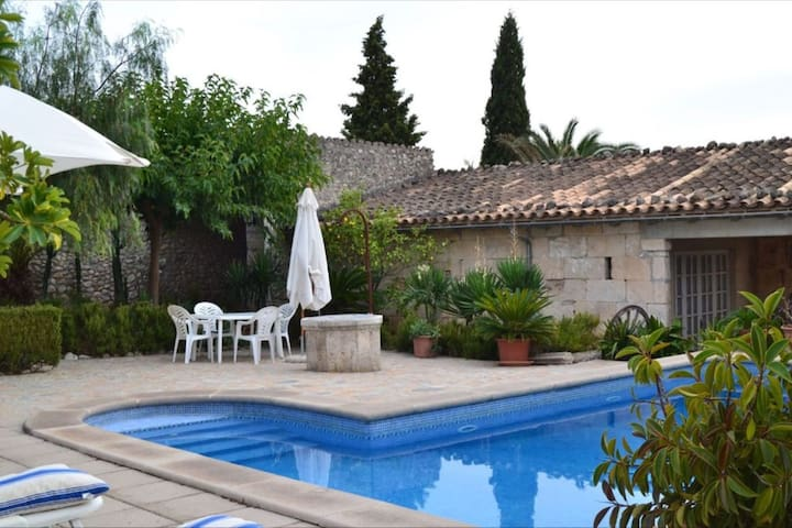 Charming country house in the beautiful north of Mallorca - Campanet with private pool