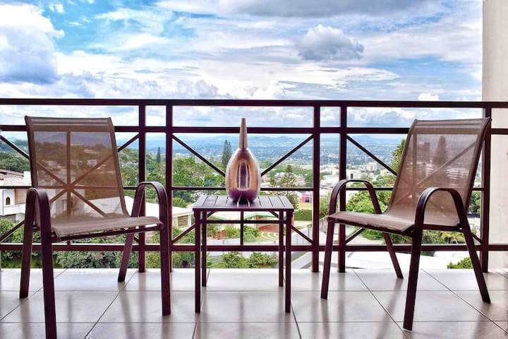 ★ Terrace w/View ★ Private ★ Kitchen ★Secure ★W/D