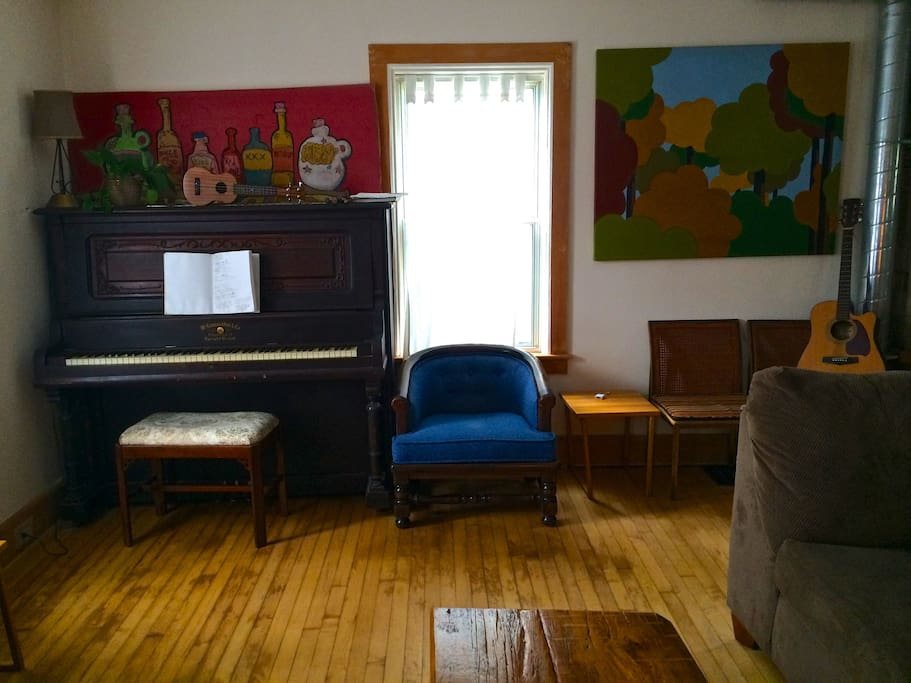 Maintained and often played piano.
