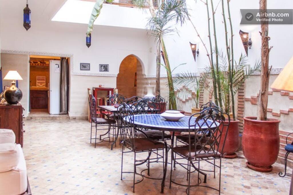 Cosy Riad in the Médina