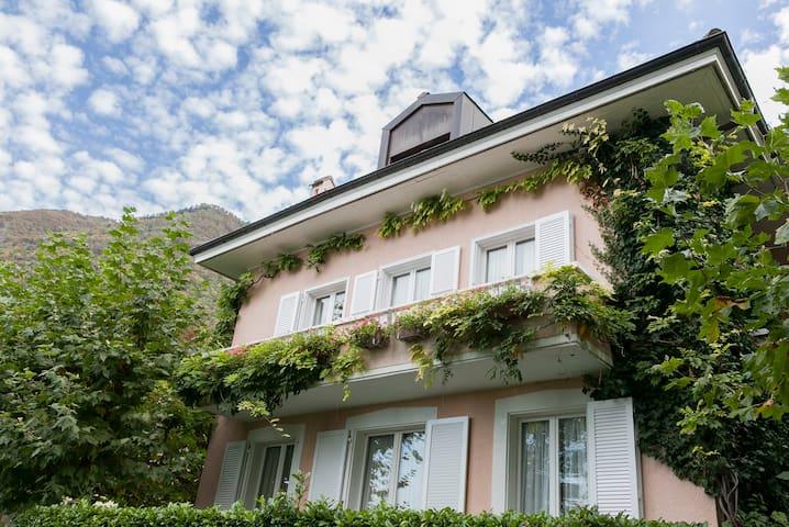 La Combaz 2 - Villeneuve - House