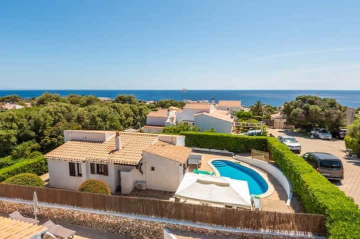 Excelente Villa con piscina privada cerca del mar