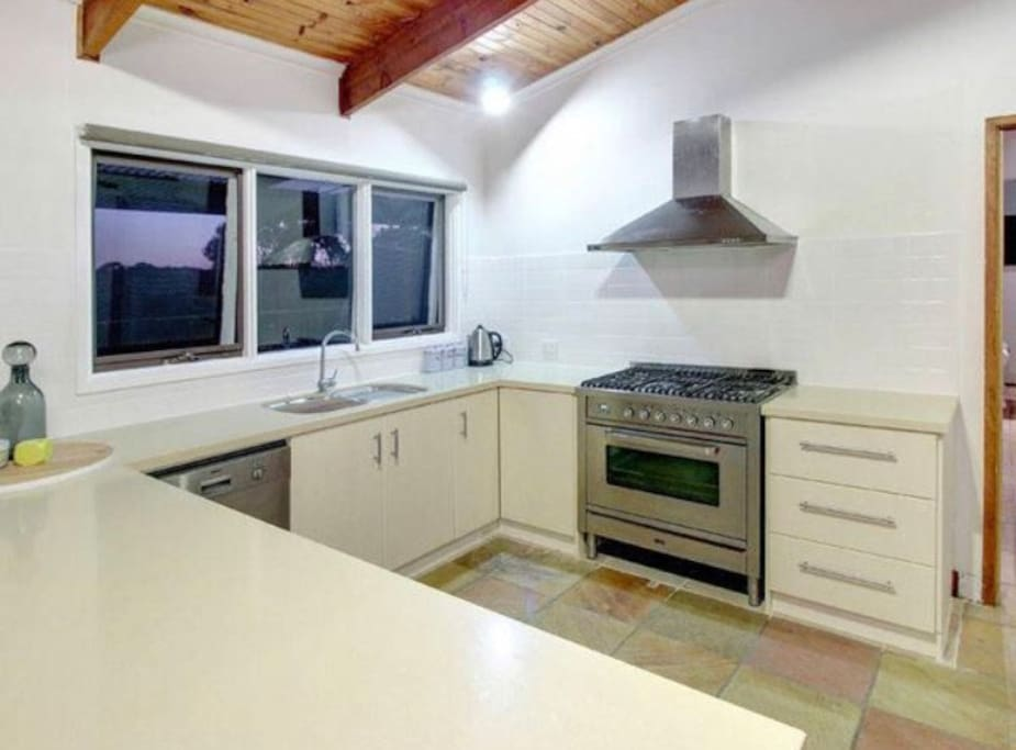 Full size well equipped kitchen