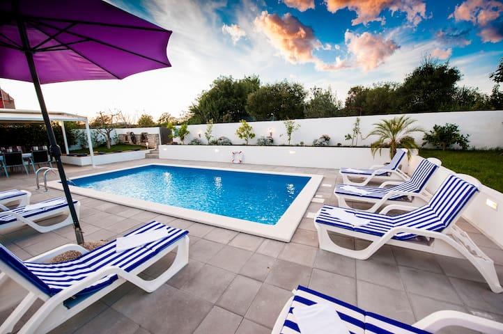VILLA ENI -your holiday home - Rovigno - Villa