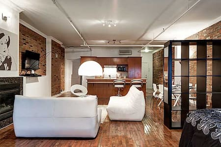 GORGEOUS LOFT IN OLD MONTREAL,  - Montreal