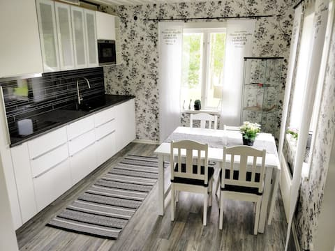 Lovley new renovated cottage near ocean
