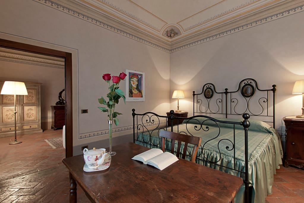 b b villamorosa suite giovanna chambres d 39 h tes louer caprona toscane italie. Black Bedroom Furniture Sets. Home Design Ideas