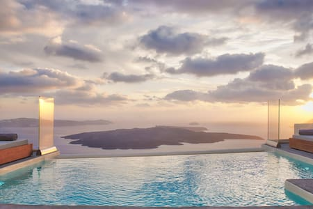 Villa Anastasia with shared infinity pool - Thira - Villa