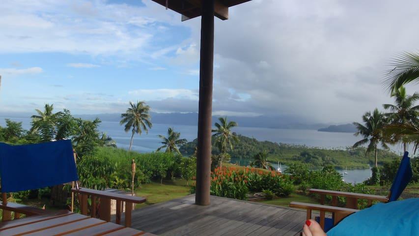 Bula Vista! Fab Fiji Container Home & Boat Shed - Savusavu - Annat