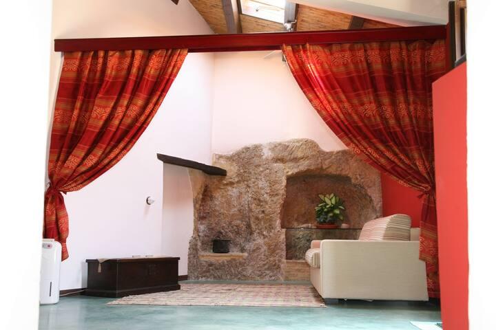 Case al Borgo - Home Relais - Casa Renato Guttuso