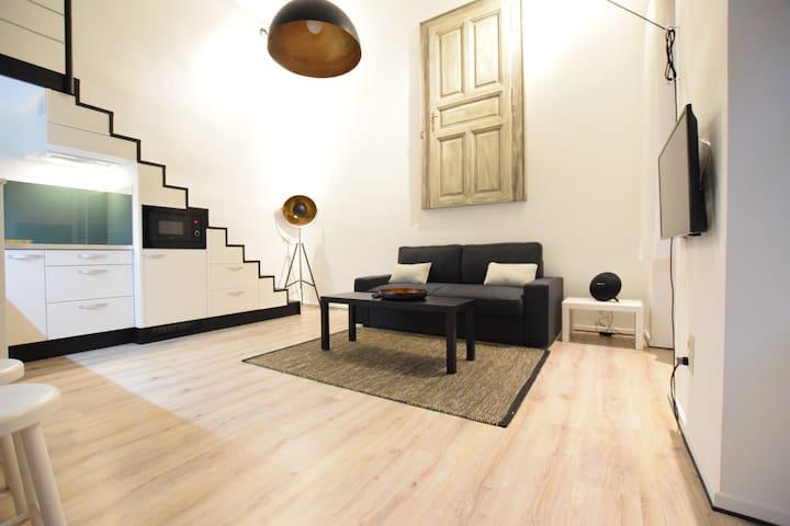 Hi5 Apartments 84 - Between Oktogon and Nyugati