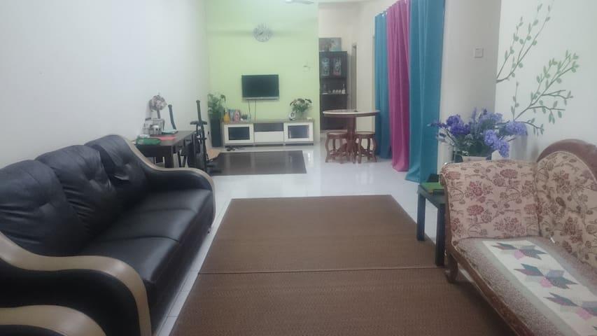 Rumah Penginapan/Baroqah Homestay, Rawang