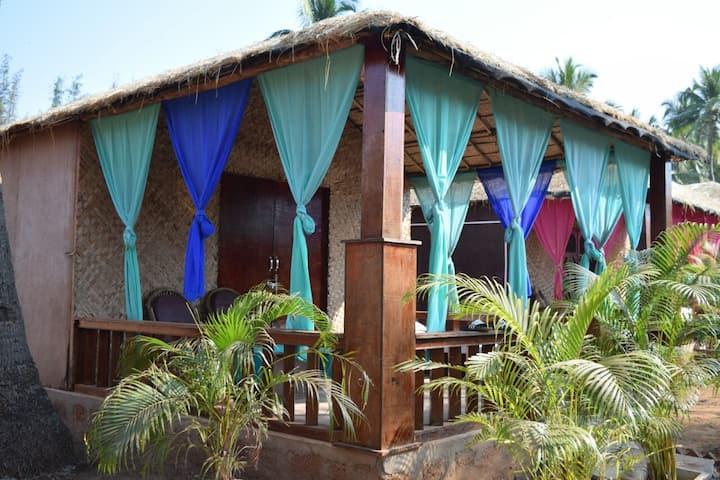 Colourful & Cultural beach Cottage @Agonda beach