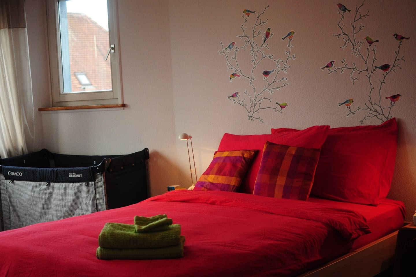Bedroom 2: double bed, closet, crib available upon request