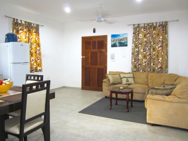 Sunsi House
