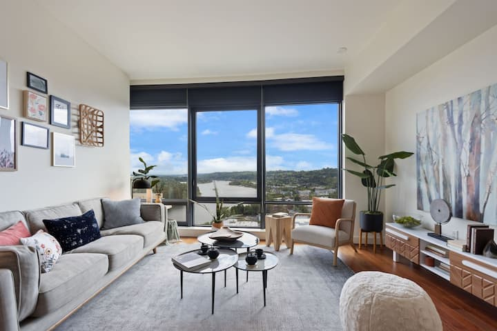 Professionally maintained apt   1BR in Portland