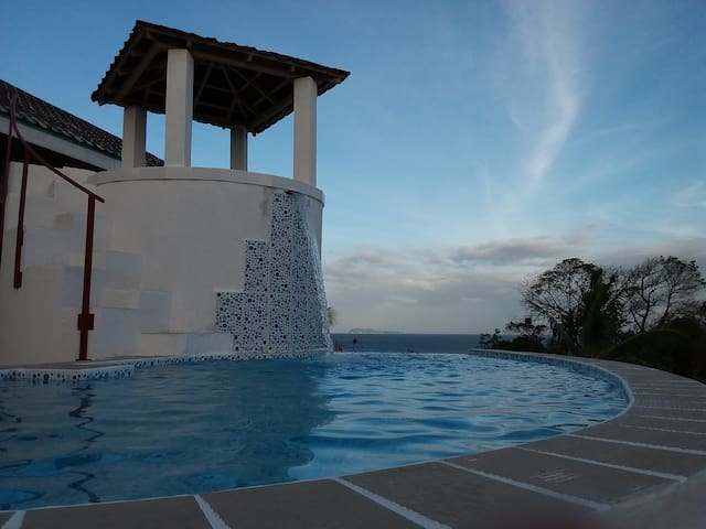 Villa Tamboboo with Pool for 4 guests
