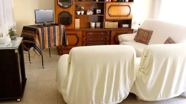 Apartment with 2 bedrooms in Cdad. Rodrigo