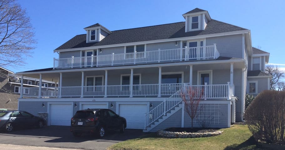 2 Bedroom Waterfront Suite on Sunset Point - Hull - Bed & Breakfast