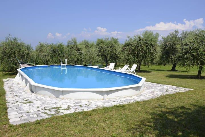 Appartamento Boschette 3, piano terra, piscina