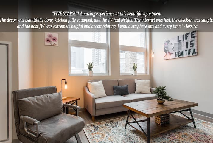 Bright McCormick+Museums 2bd/2ba Loft with❤️